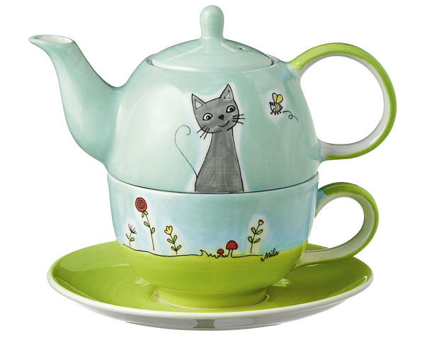 Tea for one - Katze in Blumenwiese